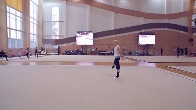 深入俄罗斯艺术体操学校,内幕曝光……
