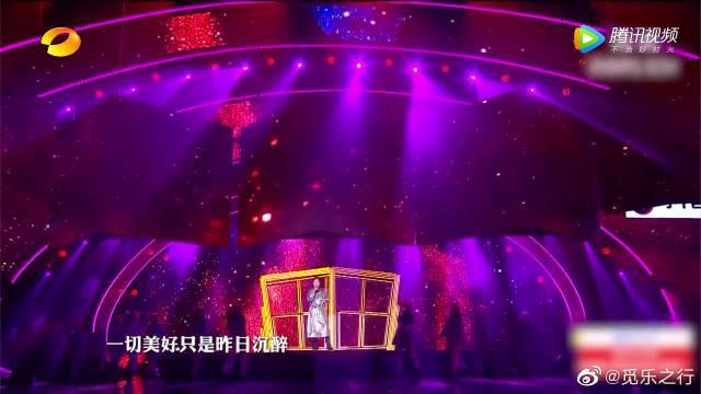 田震唱演唱《铿锵玫瑰》,也太好听了吧