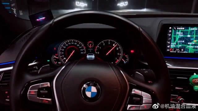视频:宝马5系加装全段排气,踩下油门后,才知道2.0T也可以这么霸气!