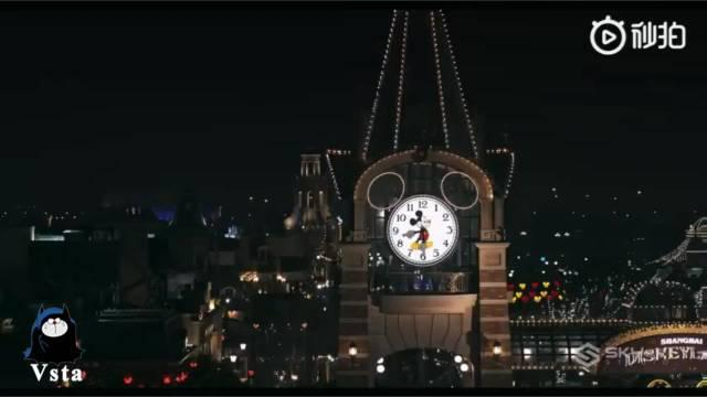 航拍的上海迪士尼烟火大会,世界上最梦幻美好的地方……