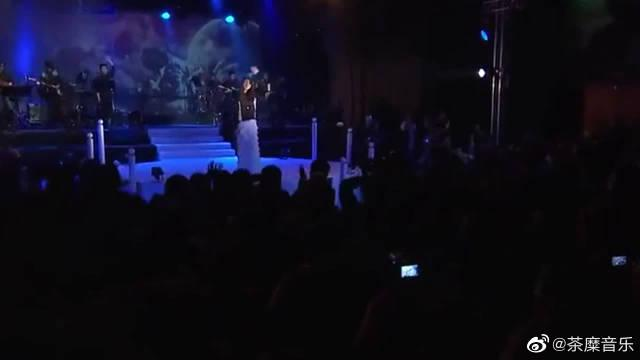 范玮琪深情演唱《最初的梦想》,一直用歌声传递正能量……