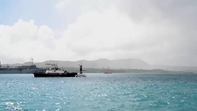 上月中旬,关岛海军基地APRA港北极星角……