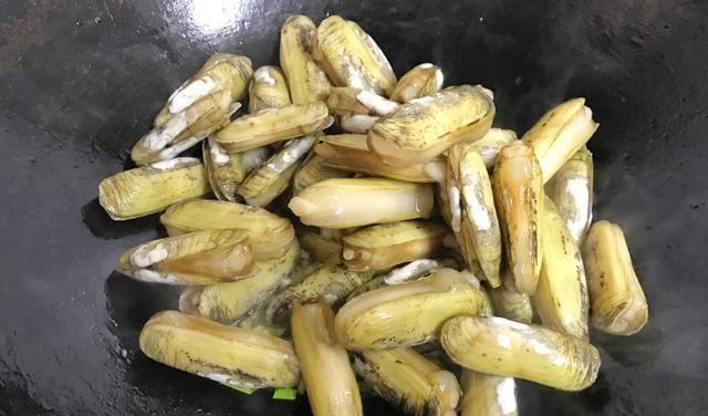 此菜的硒含量仅次于牡蛎,含铁量是猪肉的20倍,清热补虚还能解酒