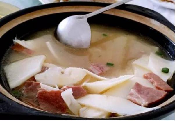美食推荐:火腿鲜笋汤,什锦烩蘑菇,肉末粉丝茄子煲,清炖羊肉汤