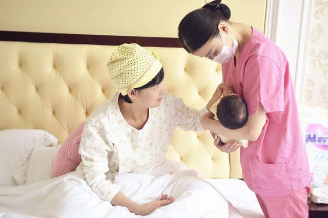 宝宝有三个表现,说明妈妈母乳质量好,娃未满这年龄别急着断奶