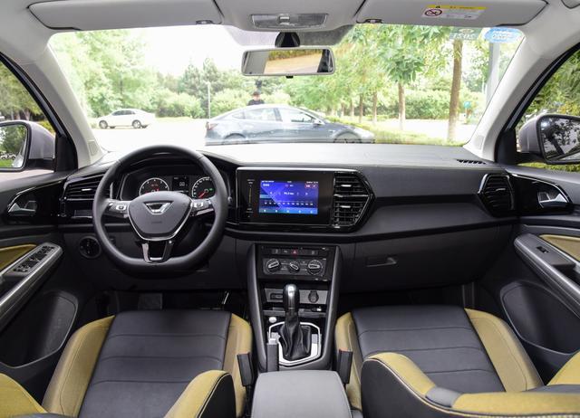 """盘点三款""""白菜价""""合资SUV,最低8.48万,空间大保值率高"""