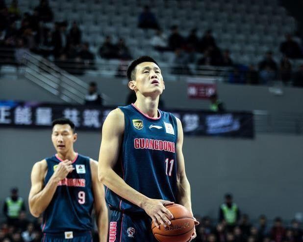 易建联职业生涯最严峻阶段来了,广东19分逆转彰显韧性