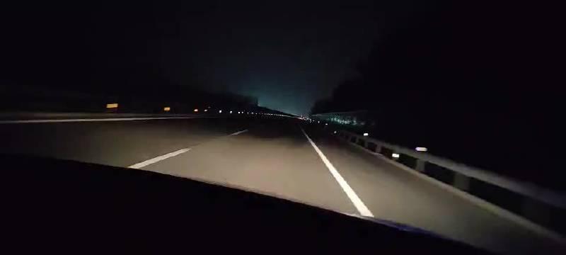菏泽高速交警支队一大队22时35分在日兰高速412公里处巡逻……