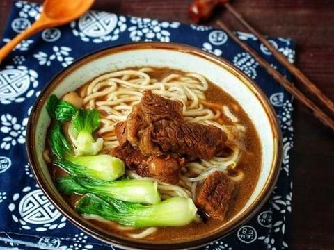 游客评选出中国最香的4碗面,兰州牛肉面上榜,网友:我全都吃过