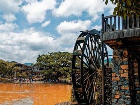 福建周边的千年古镇,因电影而得名,藏有千年古榕树,千年古道