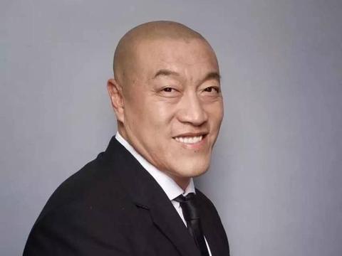 """马健:险些登陆NBA,只让""""战神""""刘玉栋得9分,在解说席成名"""