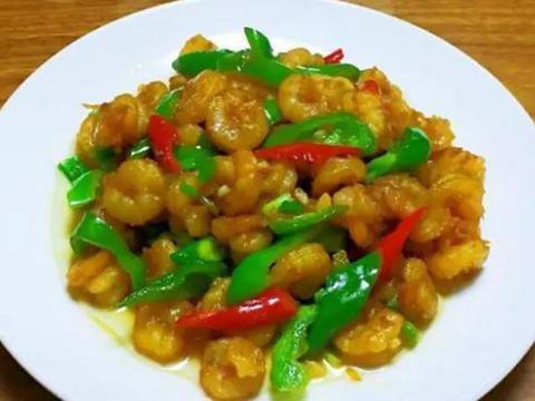虾仁炒青椒,培根意面,蛋黄南瓜,小土豆烧肉的做法