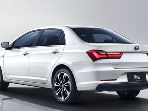 配置上做减法!比亚迪秦EV增一款新车型,补贴后售价14.68万元