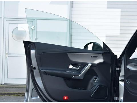 又一运动B级车,双联大屏+无边框车门,6.4s破百,30.78万起