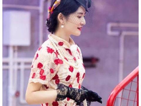 五位妻子齐穿复古造型,谢娜旗袍装太优雅,最靓的却还是蔡少芬