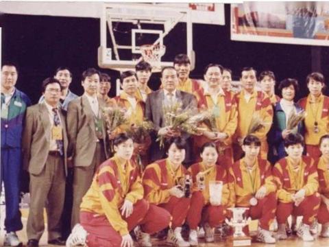 柳青:16岁就当中国女篮主力的黑龙江传奇,连续参加三届奥运会