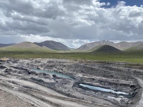 """青海""""隐形首富"""":祁连山非法采煤获利百亿至今未停"""