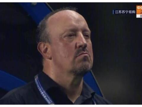 当年巴萨3-0皇马,他在替补席吃热狗!如今被中超这队深深伤害
