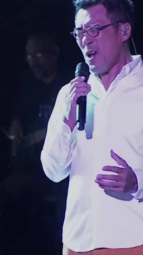 李宗盛现场版《领悟》,深情的歌声,唱哭辛晓琪