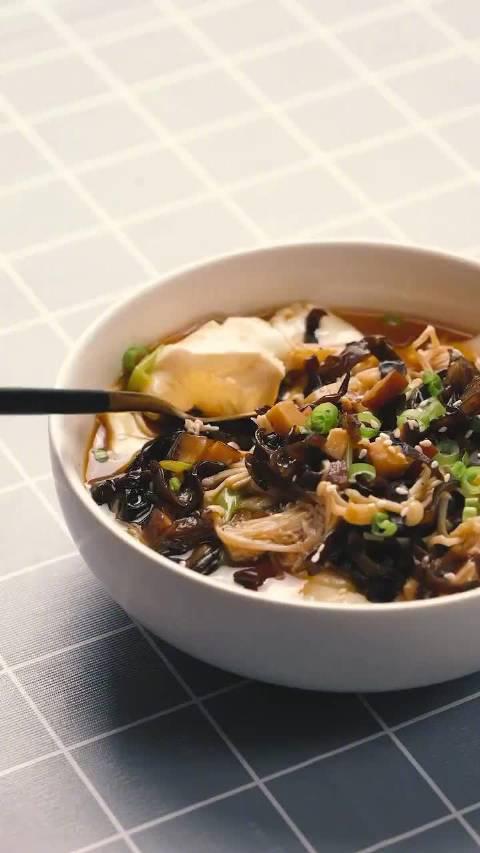 继续吃豆腐,今天的膳食纤维非常丰富 o( ̄ヘ ̄o)