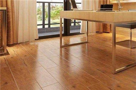 仿木地板瓷砖能防滑吗?又该如何清洁保养?