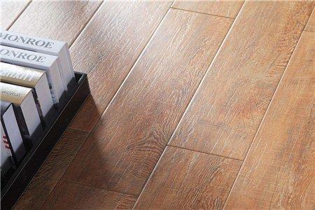 地板砖太滑怎么办?四个防滑秘诀快记下