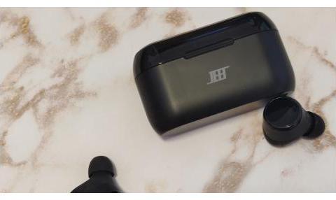 JEET Air Plus对比漫步者TWS2蓝牙耳机,哪款性价比更高?