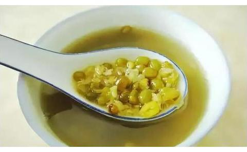 绿豆汤别再直接喝,教你夏天新吃法,冰爽可口,家里小孩抢着吃