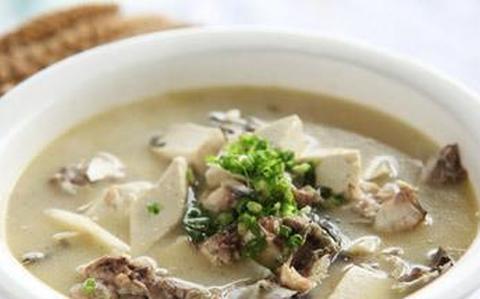 鱼头豆腐汤,美味又营养,一看就会
