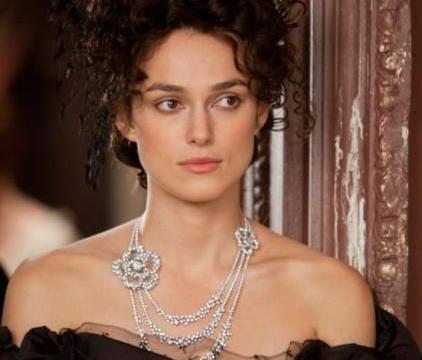 《安娜·卡列尼娜》中绝世珠宝,展现动人的瞬间,让人一秒沦陷