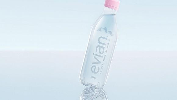 """依云推出首款""""百分百""""可回收的矿泉水瓶,连标签都不用了"""