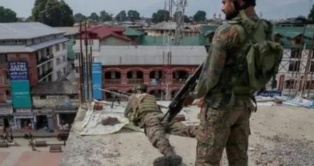 印军内讧2名士兵被打死,借口士兵失踪要报复,精锐却遭残兵围歼
