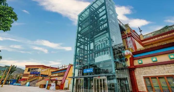 玛雅海滩水公园新增6部大型观光电梯,市民轻松消暑畅玩