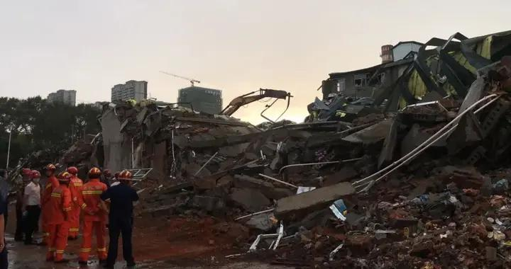 哈尔滨致9人遇难的仓库,怎么就塌了呢