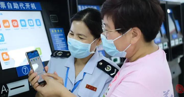 广东全年预计减免三项社保费逾千亿元,中小微企受惠幅度更大