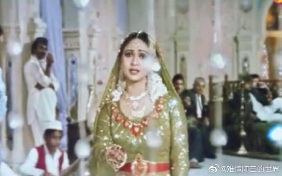 印度歌舞!女星Rati Agnihotri的悲情mujra之舞~