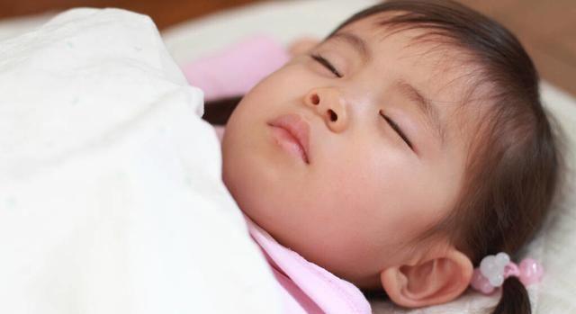 宝宝午睡多久最合适?育儿专家:没有固定时间,根据宝宝年龄决定