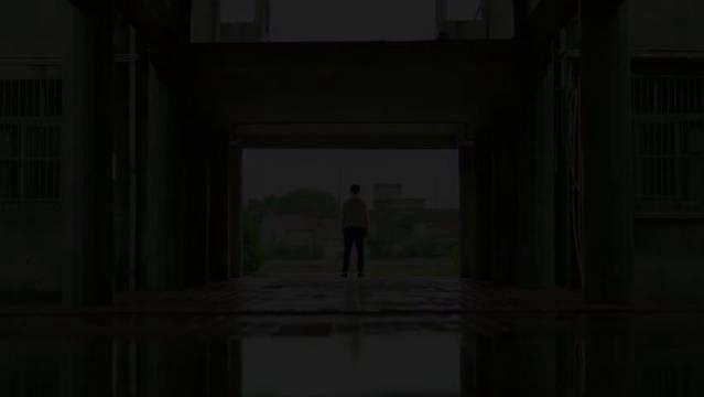 电视剧《落花时节》曝光预告片……
