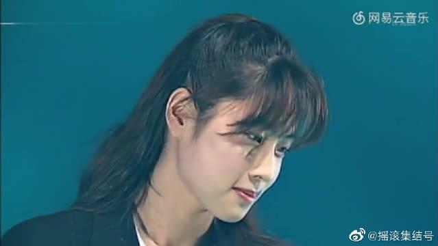 亚洲颜值最高的女摇滚歌手!坂井泉水《不要认输》现场版,美哭了