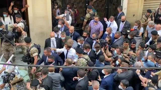 黎巴嫩民众向法国总统求助:请帮帮我们