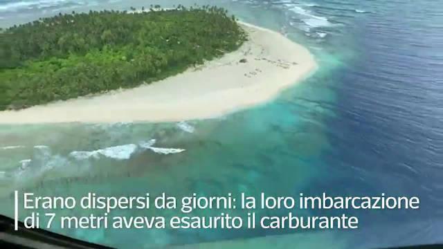 密克罗尼西亚,3个海员燃油耗尽被困荒岛,凭借海滩上的SOS获救