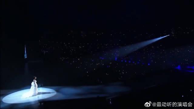 AKB48《梦之河》前田敦子毕业演唱会版本……