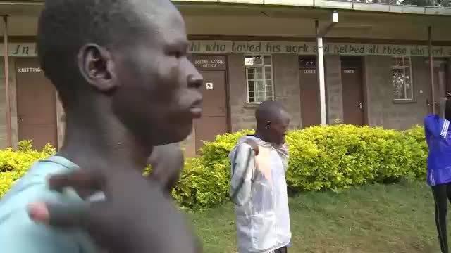 日前任命南苏丹难民田径运动员耶西·比尔(Yiech Pur Biel)为该