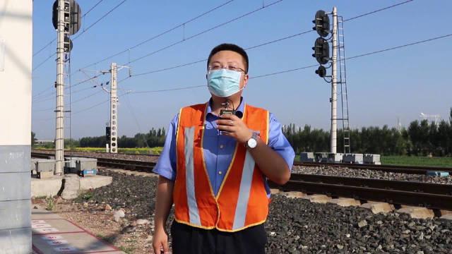 《京张高铁上跑的这款车,你肯定没见过!》京张高铁开通之后……