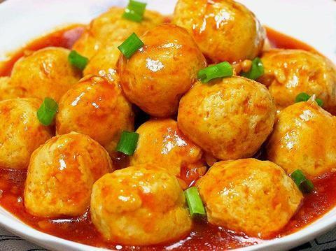 教你减肥也能吃的鸡胸肉丸子,简单易学又美味,最后连汤汁都不剩