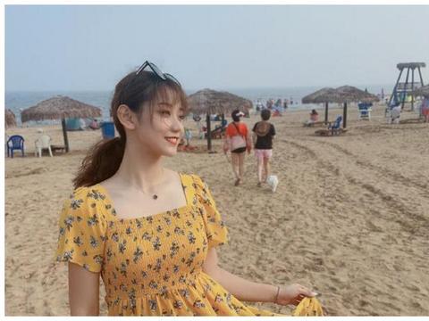 中国女排再添一美女,20岁新星晒出海滩美照,颜值出众气质甚佳