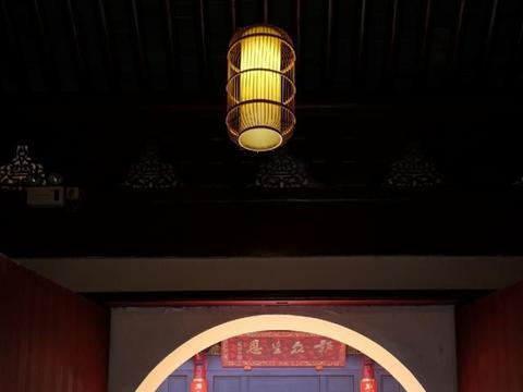常熟虞山北麓这座著名禅寺,环境清幽,禅意浓郁,是夏日避暑佳地