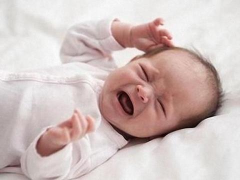 1月哭2月睡3月动,婴儿的发育顺序家长清楚了吗