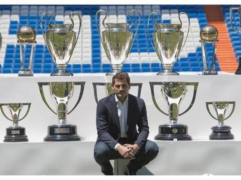 传奇门将宣布退役,1座世界杯、两座欧洲杯冠军书写传奇