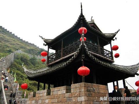 湖南也有一条古长城,距今400多年历史,比凤凰古城更原生态